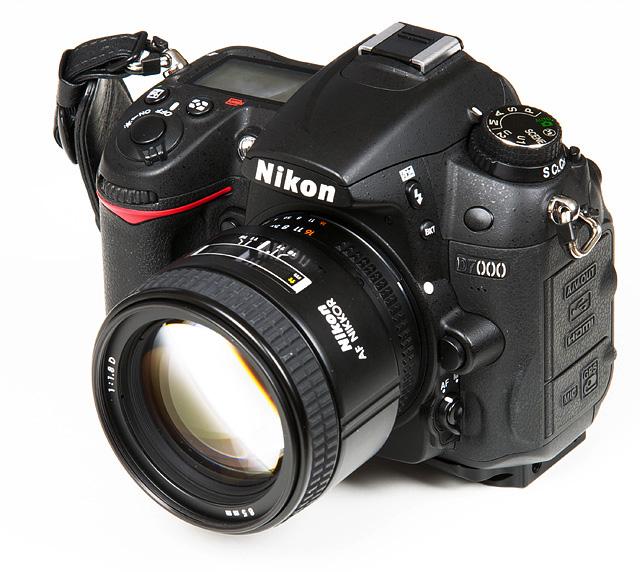 Nikon AF NIKKOR 85mm f//1.8D Lens